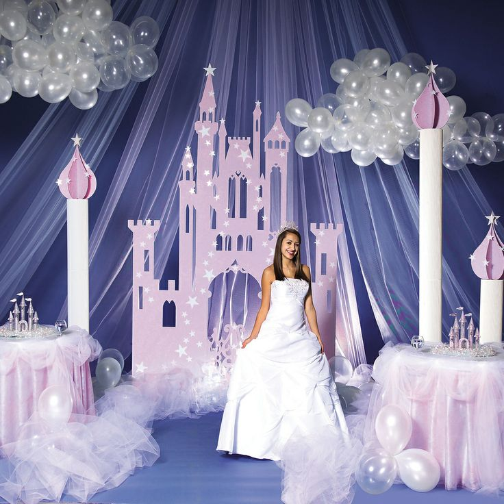Celebrate Your Sweet Sixteen With A Fairytale Theme!