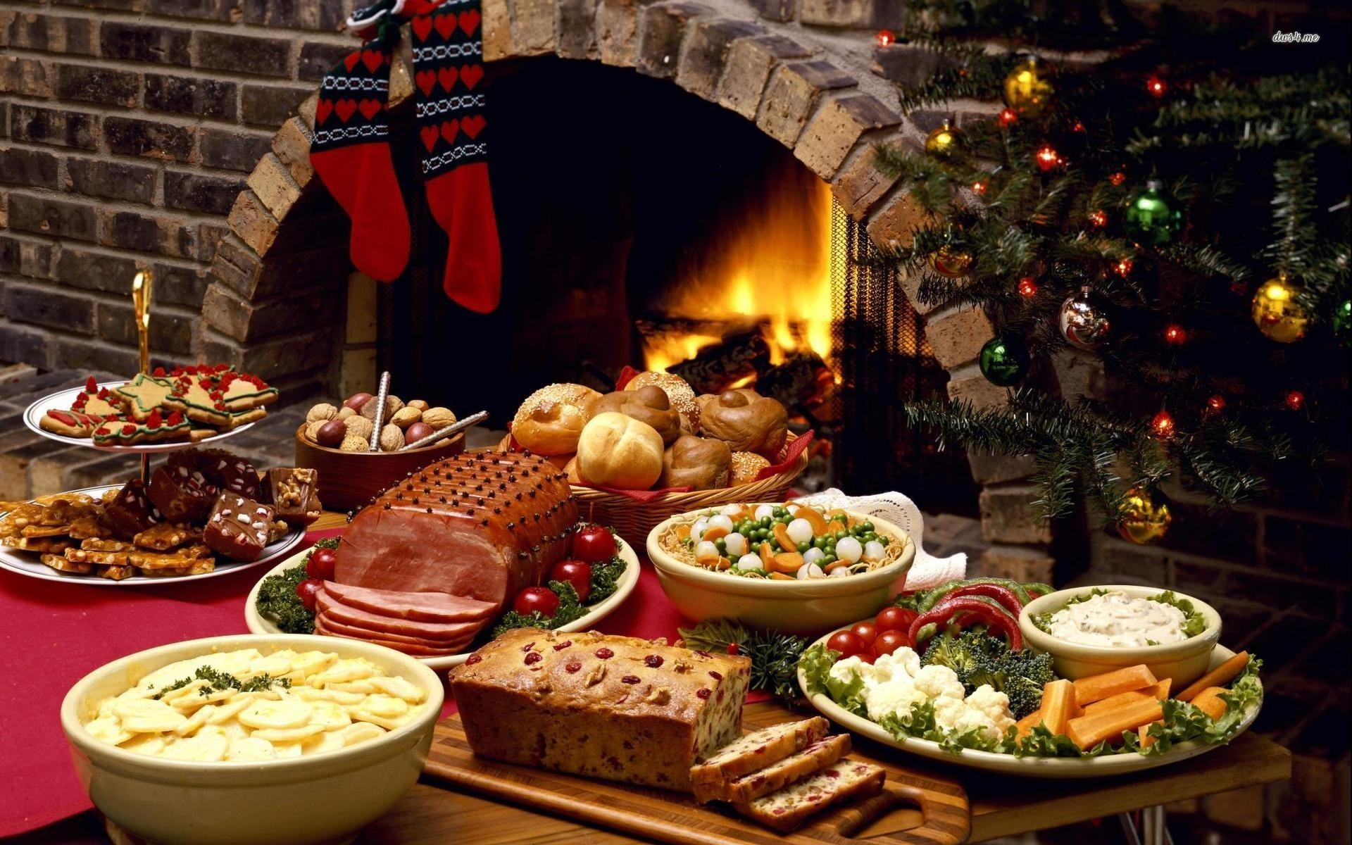 Planning A Christmas Party At Home