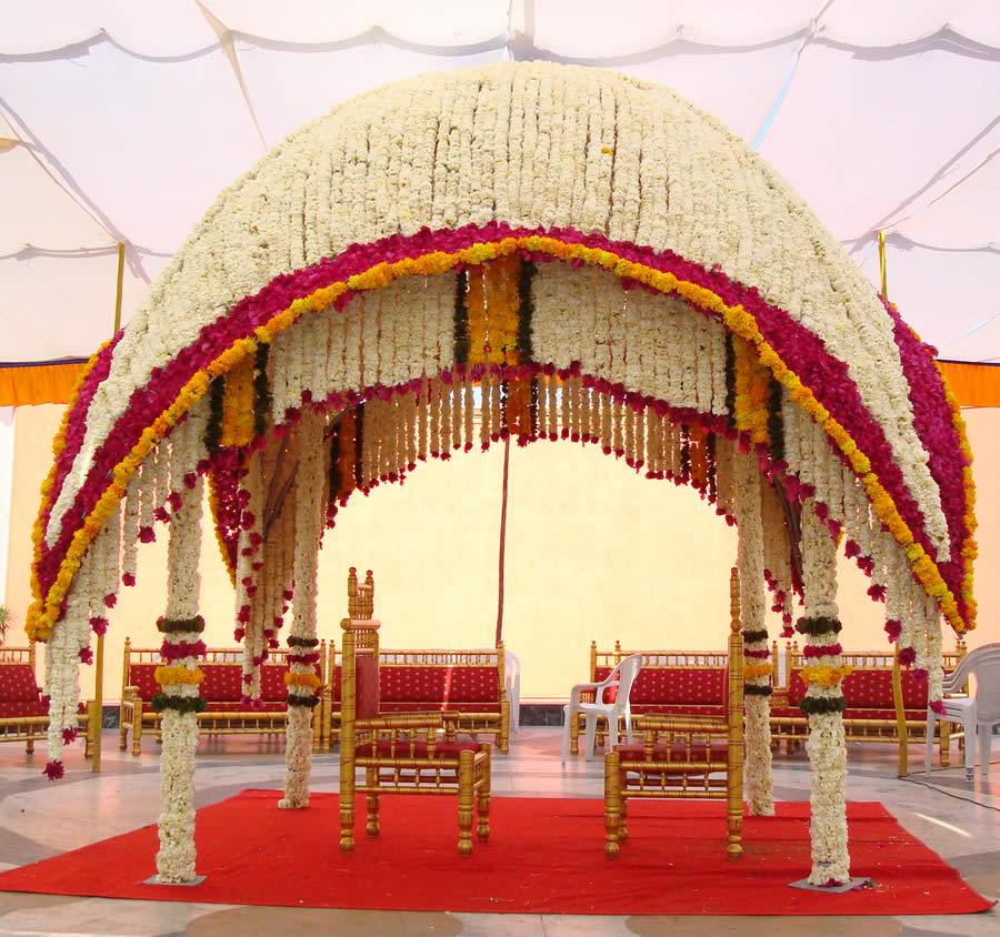 Have You Finalised The Mandap Decor Yet Here S A Heads Up