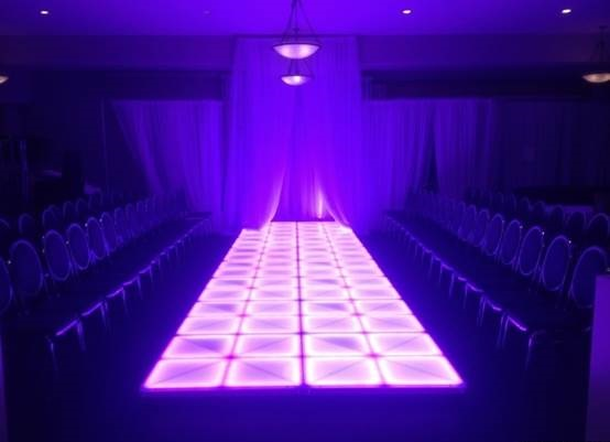 Stylish Fashion Show Theme For College Farewell Party